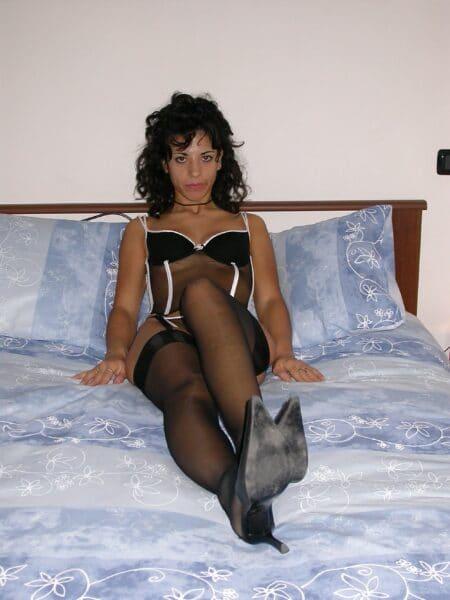 Passez une nuit de sexe avec une femme coquine