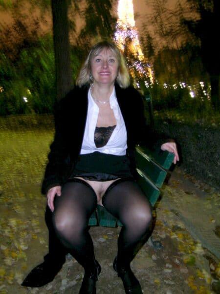 Femme adultère cherche un amant