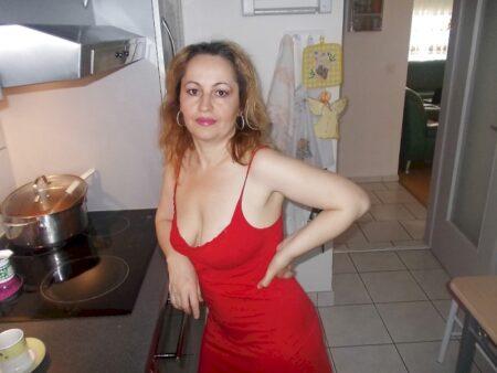 Femme cougar sexy cherche un libertin sur le 05 pour du plan sexe